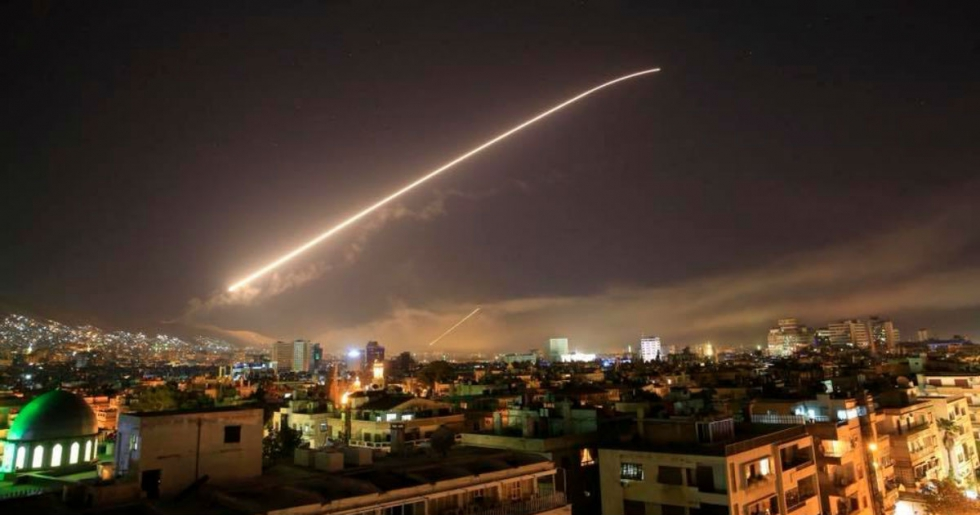 US Suspects Iran of Shipping Weapons to Assad Following Missiles Strikes